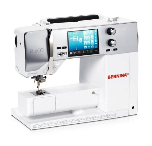 BERNINA 560 - Komputeorwa maszyna do szycia