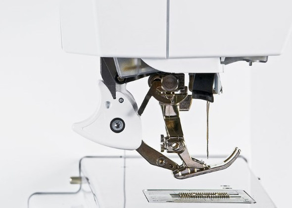 BERNINA Dual Feed