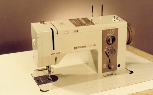 BERNINA 950 - Przemysłowa maszyna do szycia