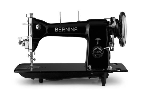 Pierwsza maszyna do szycia z logiem BERNINA