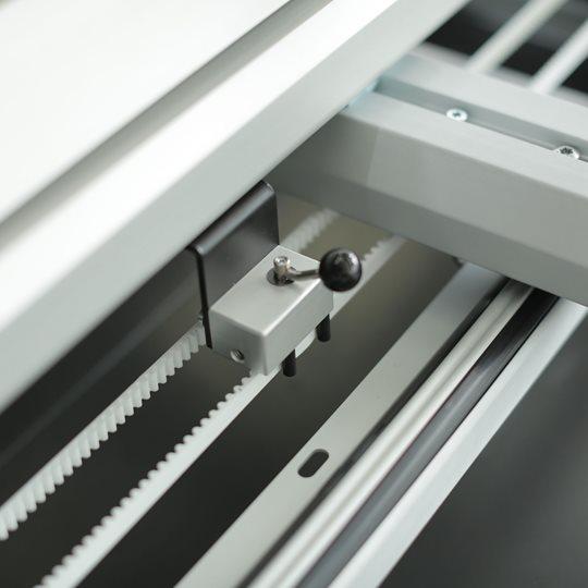 BERNINA Q-matic - przełączanie pomiędzy ręcznym, a automatycznym pikowaniem