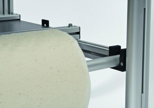 Dodatkowa rolka / wałek na wypełniacz do patchworku przeznaczony do ramy do pikowania BERNINA
