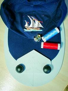 Haft na czapkach - B570 QE