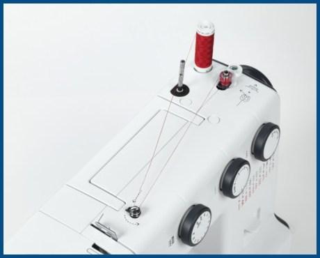 BERNINA bernette B35 - Mechaniczna maszyna do szycia dla początkujących - Szpulownik