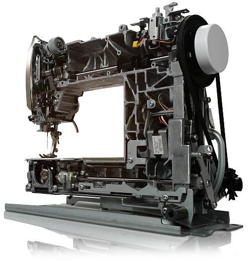 Multi-Hafciarka komputerowa BERNINA B590 - Dedykowana dla firm