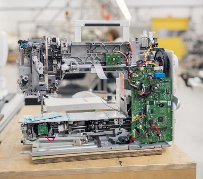 BERNINA B500 - Metalowe podzespoły i niezawodna elektronika