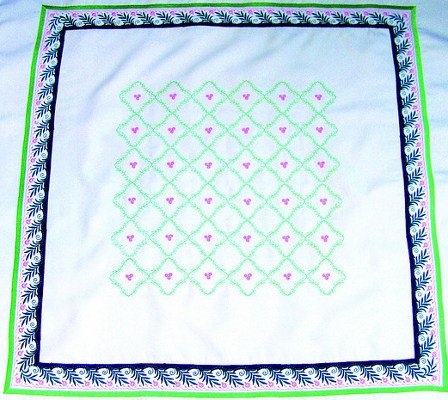 BERNINA 570 - Duże hafty